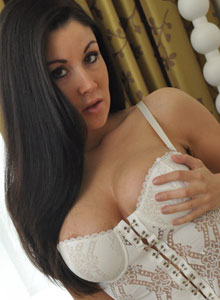 Krissys Juicy Big Boobs Look Amazing In Her White Corset Dress - Picture 2